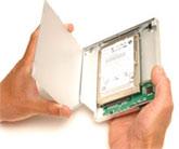 """Einfache Installation - Optionale 2.5"""" Festplatte oder schnelle SSD in das OptiBayHD Kit einstecken"""