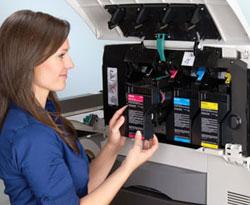 Farb-Rollendigitaldrucker CX1000e mit weiterentwickelte Toner-Rezeptur