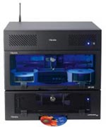 XR CD + DVDKopiersystem bestehend aus Server XR, DiscPublisher XR und Laminator XR (von oben nach unten)